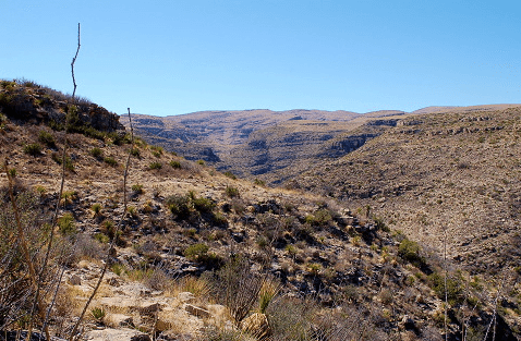hiking-rattlesnake-canyon